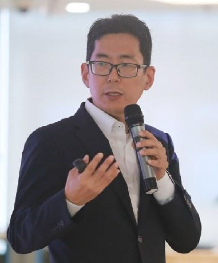 Kim Young-han, senior vice president of SK hynix