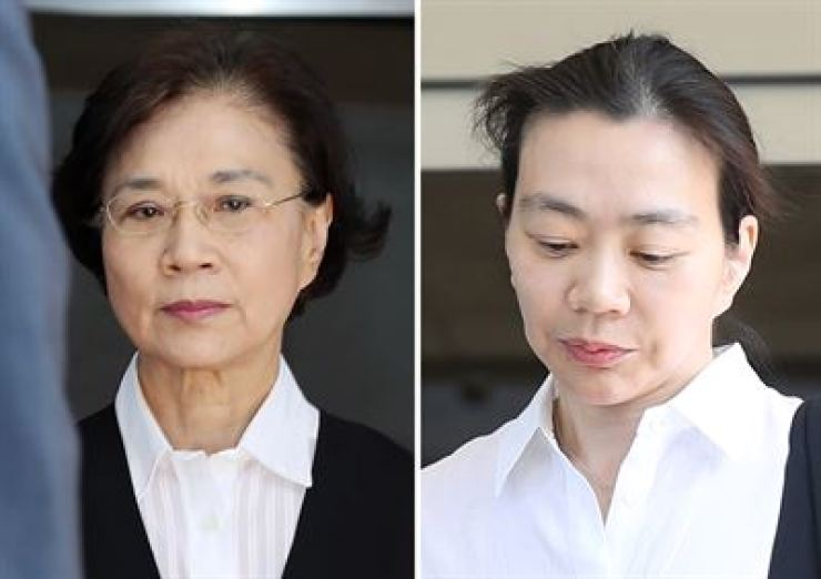 Lee Myung-hee, left, and Cho Hyun-ah /Yonhap