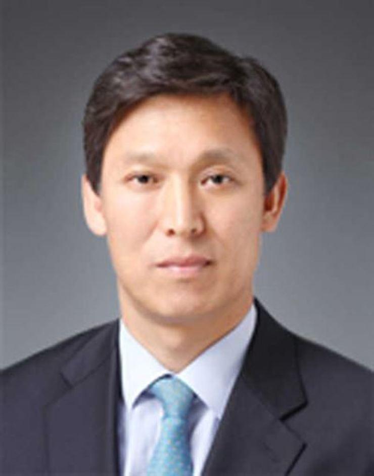 Korea Customs Service Commissioner Kim Yung-moon