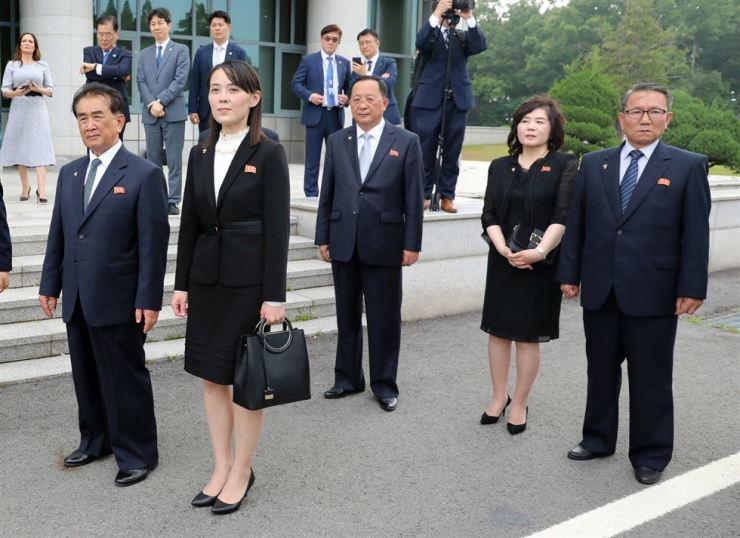 Kim Jong-un's key aides wait during their leader's meeting with U.S. President Donald Trump at Panmunjeom on June 30. From left are Kim Chang-son, in charge of protocol affairs; Kim Yo-jong, the North Korean leader's sister and first vice director of the Propaganda and Agitation Department of the Workers' Party of Korea (WPK); Foreign Minister Ri Yong-ho and First Vice Foreign Minister Choe Son-hui. Yonhap