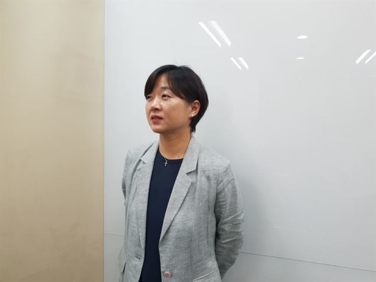 Kim Soo-jung, partner at Jihyang Law, at her office in Seocho, southern Seoul, Wednesday / Korea Times photo by Lee Suh-yoon