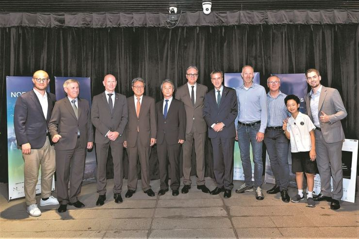 Four Nordic ambassadors to Korea pose with other participants during the third and last series of NORDtalks at Oil Tank Culture Park in Mapo-gu, western Seoul, June 27. The four are Finnish Ambassador Eero Suominen, second from left, Norwegian Ambassador Frode Solberg, third from left, Swedish Ambassador Jakob Hallgren, sixth from left, and Danish Ambassador Thomas Lehmann, seventh from left. The NORDtalks were organized by the four embassies this year to share Nordic views and experiences on global challenges through a discussion among experts and audiences. The topics covered were education and employment in the Fourth Industrial Revolution at the January talks, welfare gender equality and quality of life at the April talks and climate change at the June talks. / Embassy of Denmark