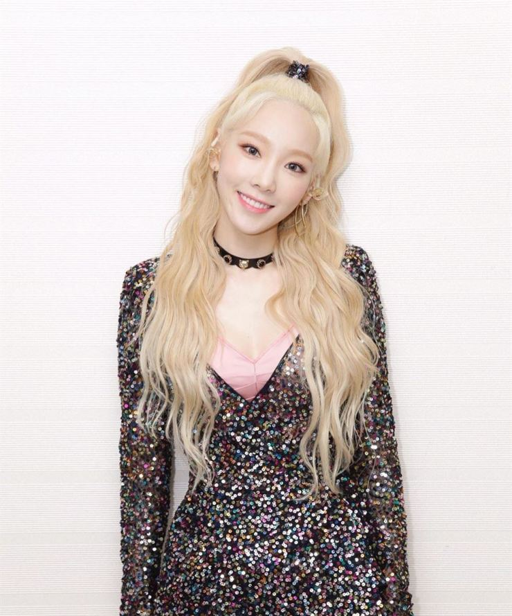 Taeyeon is soaring high on the charts again. Captured from Instagram @taeyeon_ss