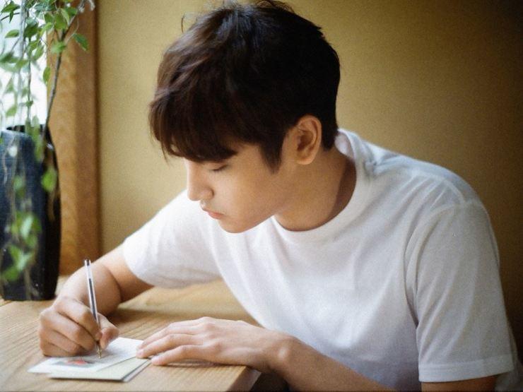Parc Jae-jung, debuted in 2013, releases his second mini-album 'Lyrics,' Monday. / Courtesy of Mystic Entertainment