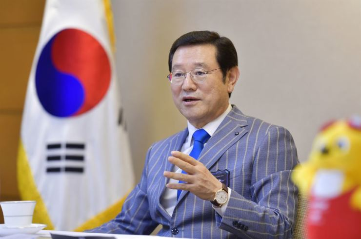 Lee Yong-sup, Gwangju Mayor and chairman of the organizing committee for the 2019 FINA World Aquatics Championships / Courtesy of 2019 FINA World Aquatics Championships Gwangju organizing committee