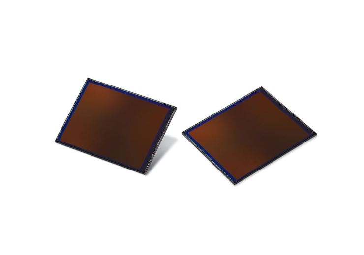 Seen are Samsung Electronics' ISOCELL Bright HMX image sensors. / Courtesy of Samsung Electronics