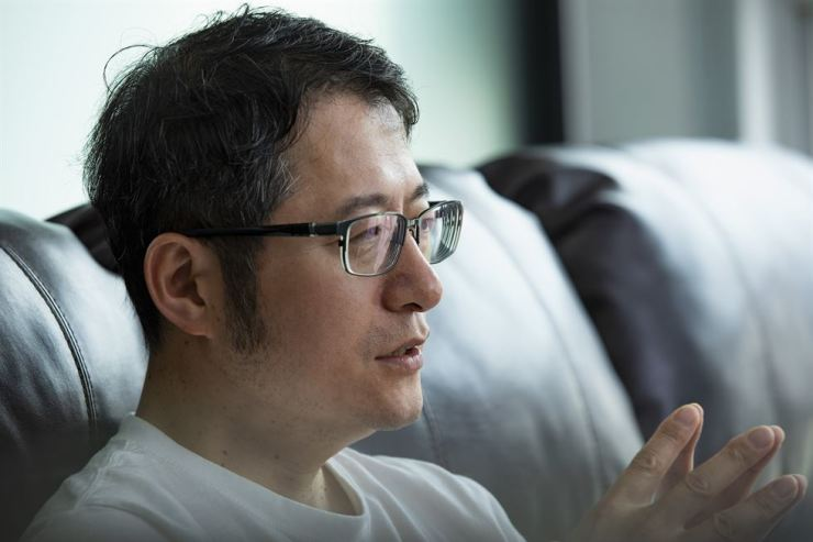 EDGC CEO Shin Sang-cheol, who is determined to collect the DNA data of as many people as possible for his genome sequencing and medical diagnosis firm, has already gathered that of over 20 million worldwide. And he is still desperate for more. Korea Times photo by Shim Hyun-chul