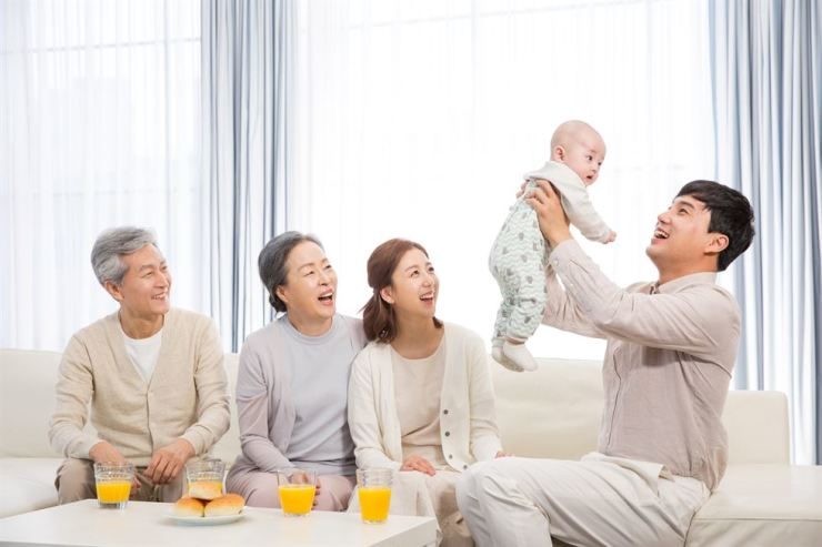 Last year, Korea's total fertility rate hit a record low of 0.98. Gettyimagesbank