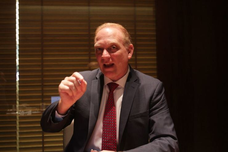 William Parker, president and CEO of the East-West Institute, speaks during an interview with The Korea Times at the Plaza Hotel, Seoul, Thursday. Korea Times photo by Park Ji-won