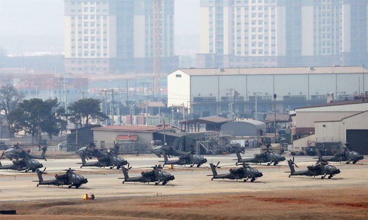 Military helicopters at U.S. Army Garrison (USAG) Humphreys in Pyeongtaek, Gyeonggi Province, during a command post exercise (CPX) are seen in this March file photo. Yonhap