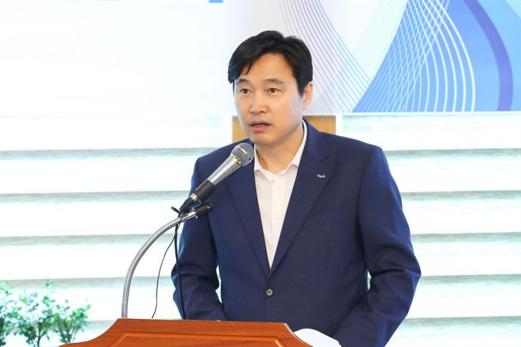 Korea Securities Depository (KSD) CEO Lee Byung-rhae speaks during a press conference held in Yeouido, Seoul, Aug. 27. / Korea Times file