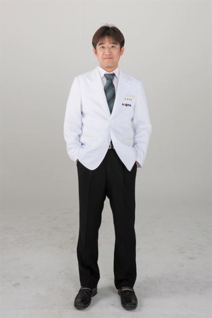 Park Dae-jeong, a cosmetic doctor at the toxnfill clinic / Courtesy of toxnfill clinic