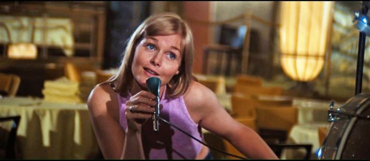 Carol Lynley in a scene from 'The Poseidon Adventure.' Screen capture from YouTube
