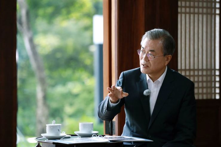 President Moon Jae-in speaks at Cheong Wa Dae during an interview with KBS on Aug. 29. The show went on the air Friday. Courtesy of Cheong Wa Dae