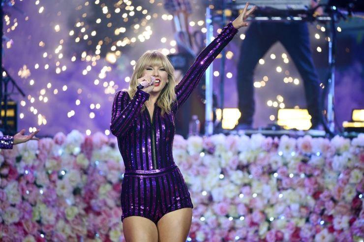 Taylor Swift / AP