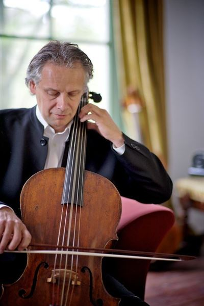 Renowned cellist Pieter Wispelwey will present an 'all Schubert' cello recital to Korean audiences on Sept. 23-24 in Gyeongju and Seoul. Courtesy of CREDIA