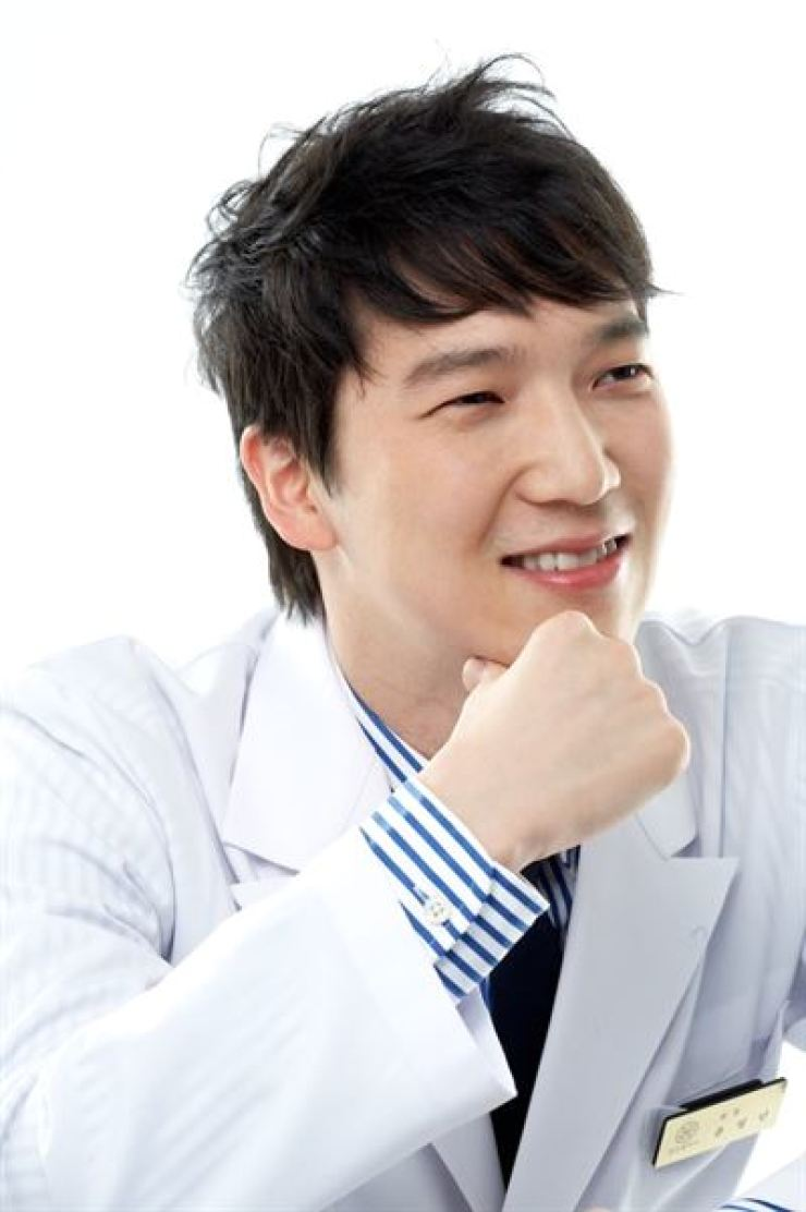 Yune Young-min, the dermatologist at Rose Clinic / Courtesy of Rose Clinic