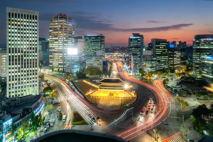 Seoul has been ranked the eighth safest city in the world, according to the latest report by the Economist Intelligence Unit.