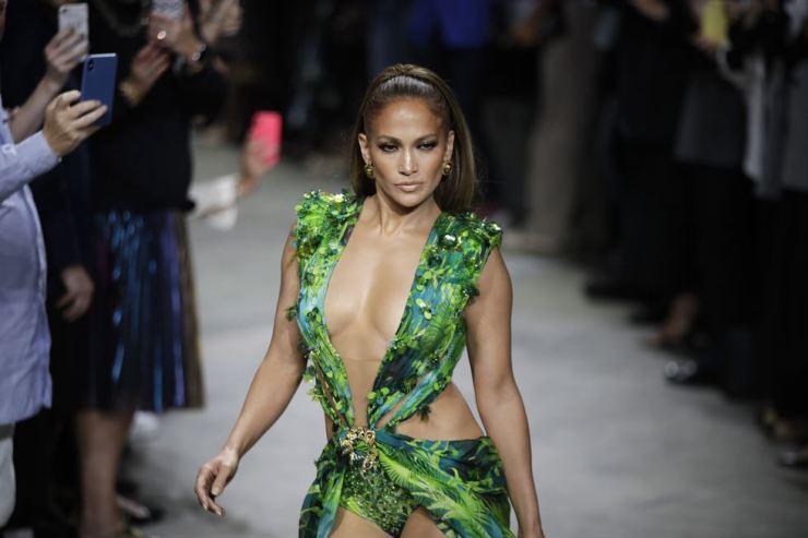 Jennifer Lopez / AP