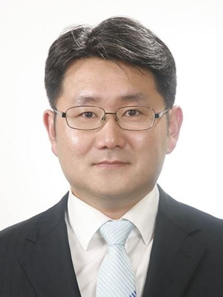Lee Dong-gyu