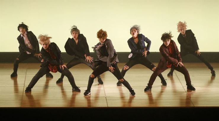 A seven-member group performs at the K-pop Cover Dance Festival in Osaka, Japan, Saturday. Yonhap
