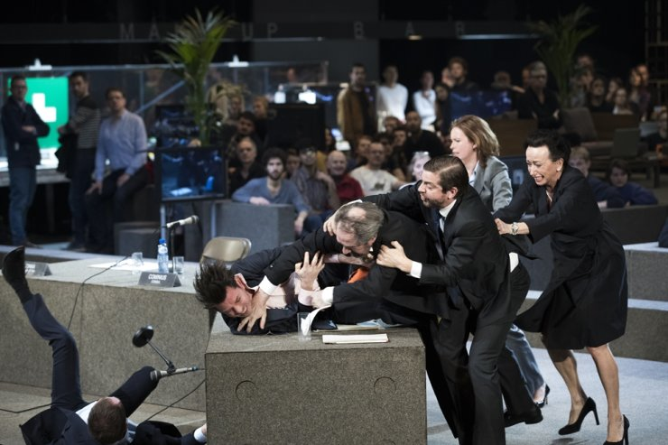 A scene from Ivo van Hove's five-and-30-minute play 'Roman Tragedies' / Courtesy of LG Arts Center