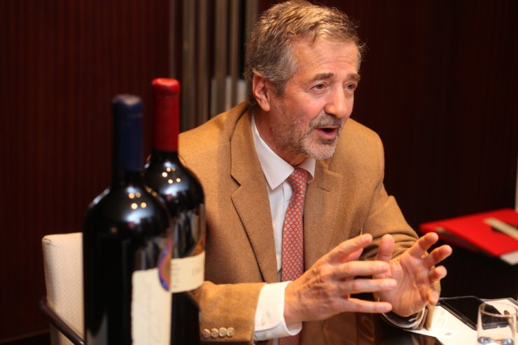 Eduardo Chadwick speaks about Chadwick wine at the interview with the Korea Times, Tuesday. Courtesy of Wine Review