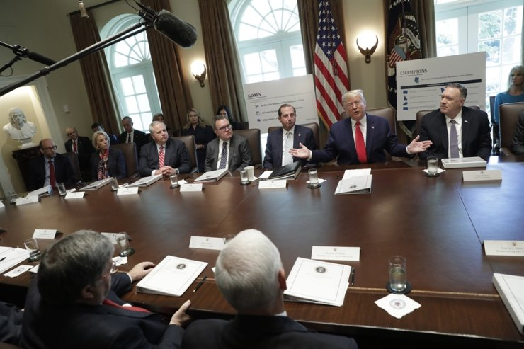 U.S. President Donald J. Trump speaks during a Cabinet Meeting at the White House in Washington, DC, USA, Oct. 21, 2019. EPA-Yonhap