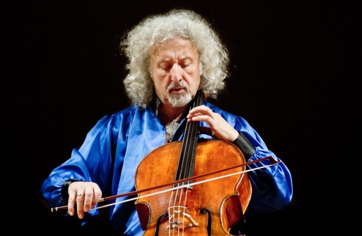 Cellist Mischa Maisky will hold concerts in three cities in Korea this week, presenting Schumann's 'Cello Concerto in A Minor, Op. 129' and Bruch's 'Kol Nidrei, Op. 47.' Courtesy of Maisky and Deutsche Grammophon (DG)