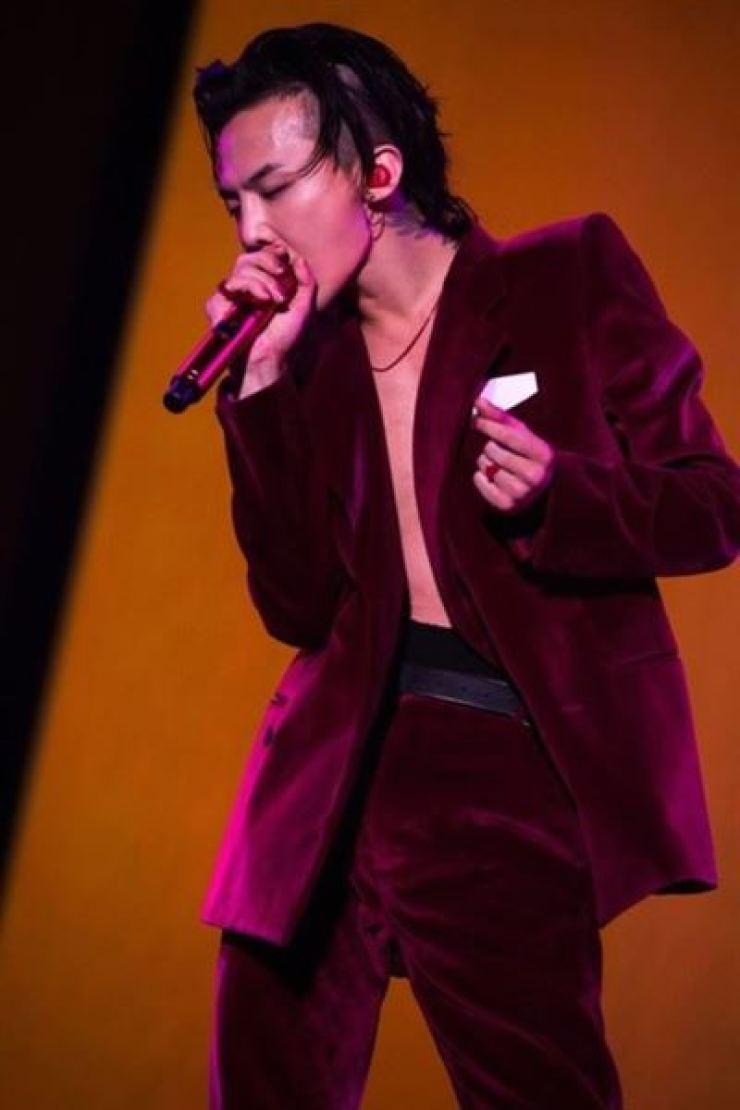 K-pop band BIGBANG's leader G-Dragon on stage. Korea times file