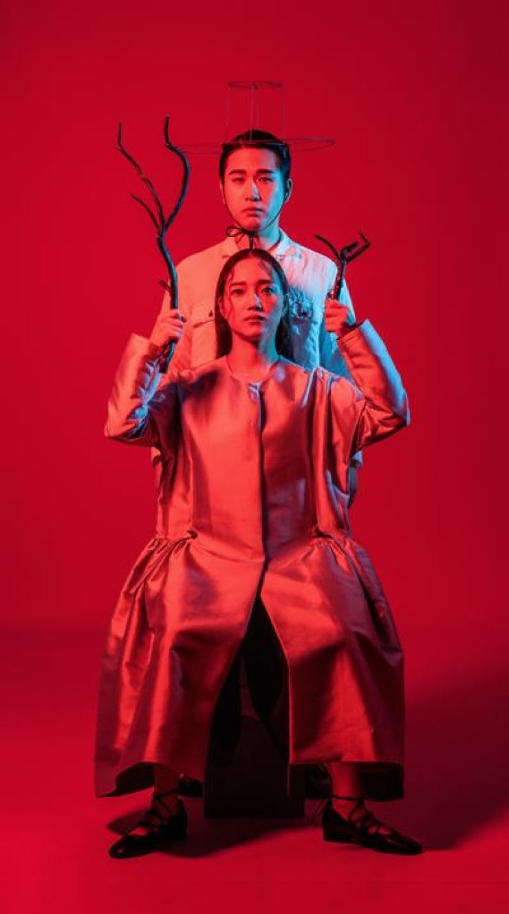 'Man in Red' is a hybrid musical-gugak performance, based on a myth from the northeastern Hamgyong region, now belonging to North Korea. Its central theme lies in the harmonious existence of nature and humankind. Courtesy of National Gugak Center