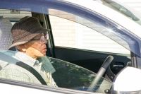 Over 15,000 elderly drivers give up licenses this year