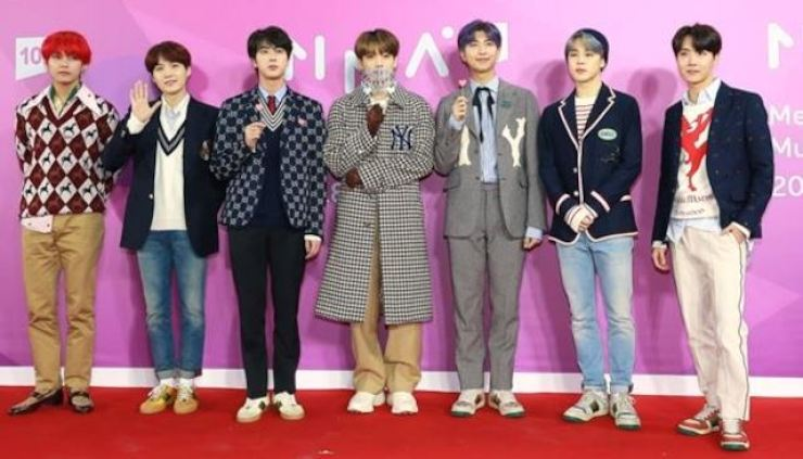 BTS at the 2018 Melon Music Awards. Korea Times file