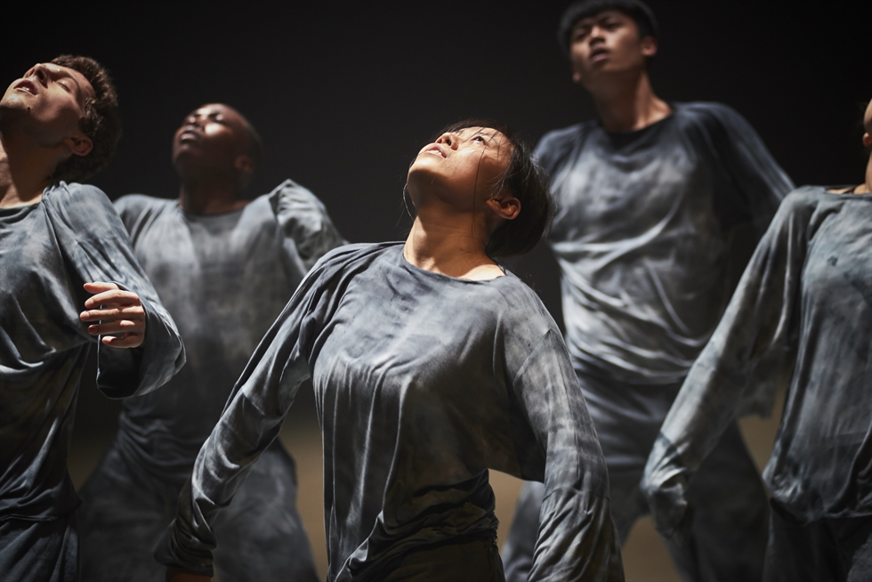 Canada-based Compagnie Marie Chouinard presents 'Henri Michaux: Movements' and 'Les 24 Preludes de Chopin' during Oct. 16 and 17 at Sogang University's Grand Theater of Mary Hall in Seoul. Courtesy of Sylvie-Ann Pare