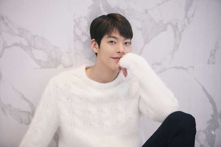 Actor Kim Woo-bin will meet fans after his recovery from cancer. Korea Times file