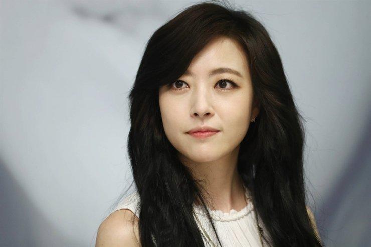 K-pop singer Shim Eun-jin. Korea Times file
