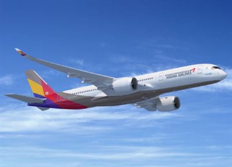 An Asiana Airlines carrier. / Courtesy of Asiana Airlines