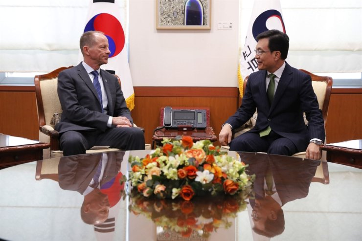 David Stilwell, U.S. assistant secretary for East Asian and Pacific Affairs, talks with his South Korean counterpart Cho Sei-young during their meeting at the Foreign Ministry in Seoul, South Korea, Wednesday, Nov. 6, 2019. AP-Yonhap