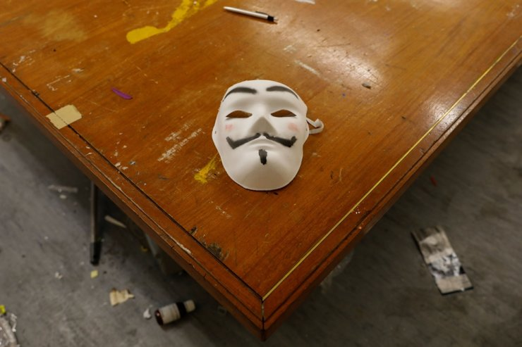 A mask left behind by anti-government protesters is pictured inside the Polytechnic University (PolyU), in Hong Kong, China, Nov. 26, 2019. Reuters-Yonhap