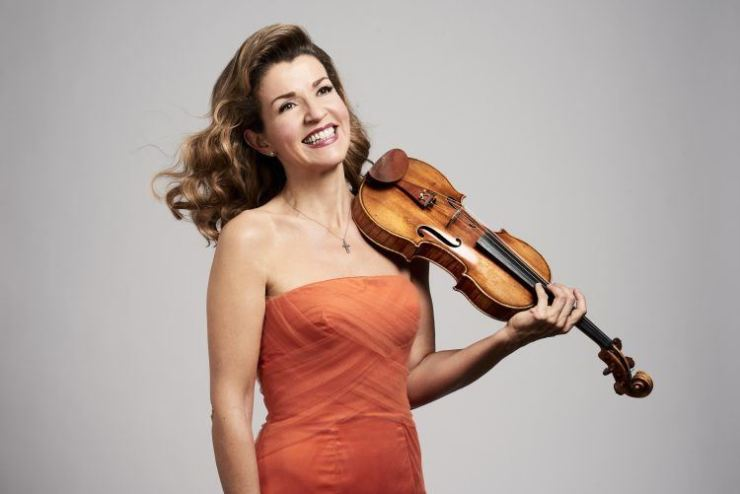German violinist Anne-Sophie Mutter will perform Beethoven sonatas for a Korean audience at 8 p.m., on Nov. 29 at the Seoul Arts Center. Courtesy of Bastian Achard