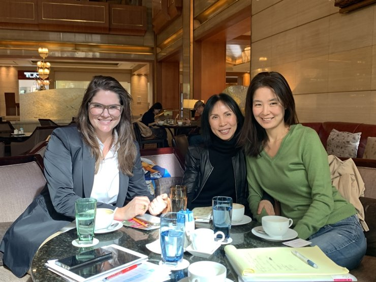 Seoul International Women's Association (SIWA) members, from left, special events chair Melina Bandeira, welfare committee chair Han Sunghwa and public relations chair Jang Sejung. / Courtesy of Kyung Lee