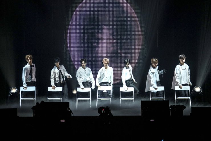 Stray Kids dance at the concert 'DISTRICT 9: Unlock' held at Olympic Park in Seoul, Sunday./ Courtesy of JYP Entertainment