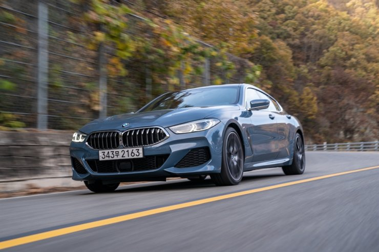 The BMW 840i xDrive Gran Coupe in action during a test drive near Jindo County, South Jeolla Province, Thursday. Courtesy of BMW Korea