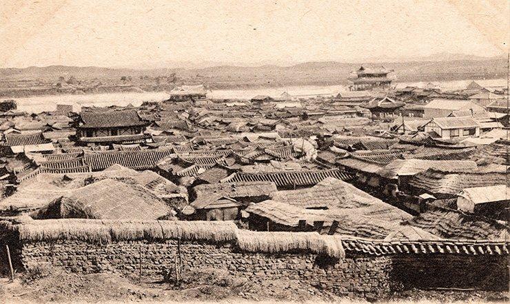 Pyongyang, circa 1900, courtesy of Diane Nars Collection