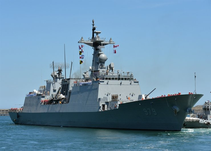 The Republic of Korea Navy destroyer Kang Gam Chan departs a port at the ROK Navy Operational Command in Busan, Aug. 13. Courtesy of ROK Navy