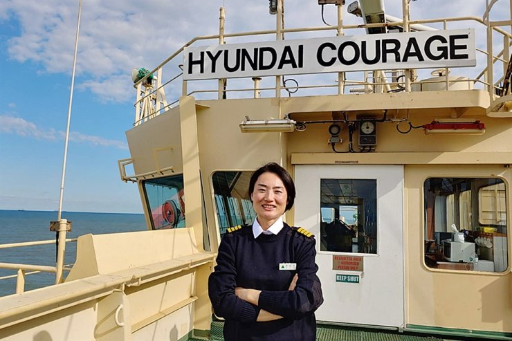 Hyundai Courage Captain Jun Kyoung-ok / Courtesy of Hyundai Merchant Marine