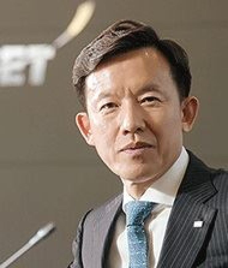 Mirae Asset Daewoo CEO Choi Hyun-man