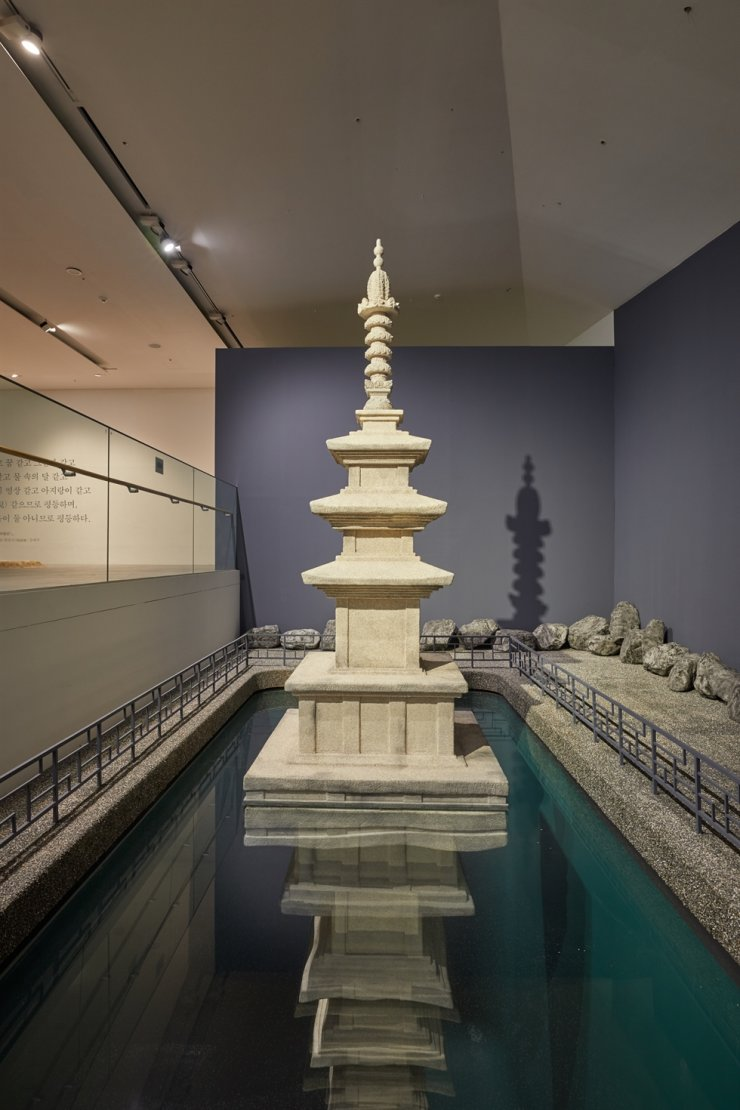 Leandro Erlich's site-specific installation 'In the Shadow of the Pagoda' at the Buk-Seoul Museum of Art takes inspiration from the Korean romance legend of 'Muyeongtap' (Pagoda of No Shadow). Courtesy of SeMA