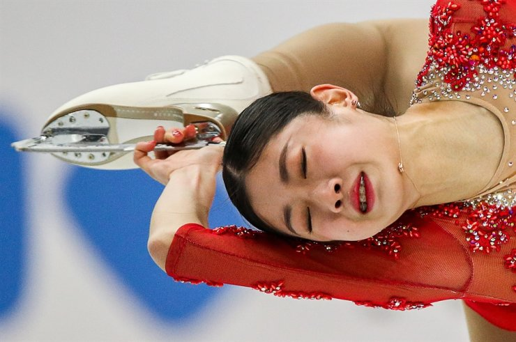 South Korean figure skater Lee Hae-in performs a spin during the ladies' free skating event at the 2019-20 ISU Junior Grand Prix of Figure Skating Final, at the Torino Palavela indoor arena in Turin, Italy, Dec. 6. TASS