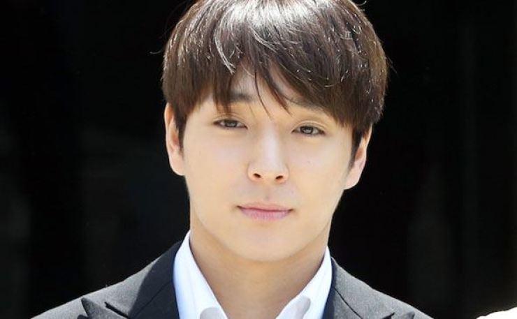 Singer Choi Jong-hoon. Yonhap